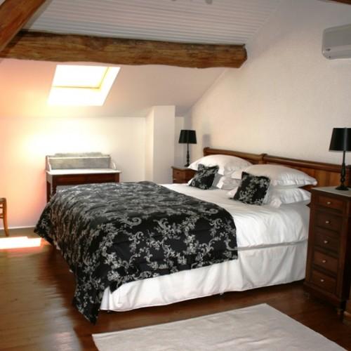 Master Bedroom Maison de Campagne